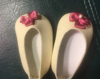 American girl dill shoe earrings
