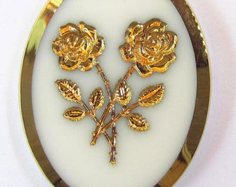 1 White & Gold Glass Cab with Intaglio Carved Roses 40X30mm