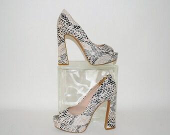 Vintage 1990s Stripper Heels / Platform Heels / Snake Skin / Stripper Shoes / Chunky / Open Toe / Peep Toe / Fergie /Size 6-1/2M