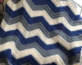 crochet chevron zigzag ripple baby toddler child blanket afghan wrap wheelchair stripes VANNA WHITE yarn adult lap robe blue gray boy girl