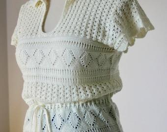 vintage | knit | sweater | top | lightweight | short sleeve | drawstring | collar | cream | retro