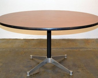 Eames - Mid Century - Eames Dining Table. 175.00
