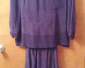 2 Piece navy blue rayon dress.