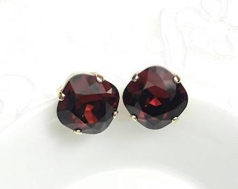 Bridal earrings studs Swarovski crystal, stud wedding earrings, Square cushion earrings, Crystal bridal jewelry, Classic solitary earrings