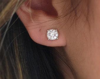 Diamond Stud Earrings with Pave-Halo 18kt White gold // Natural diamonds