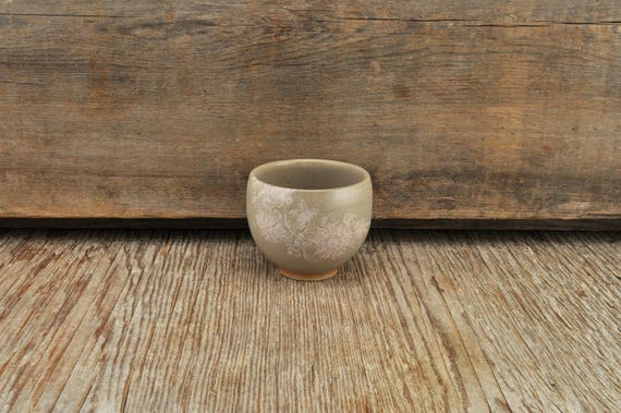 Grey stoneware espresso / tea cup with vintage pink flower illustration