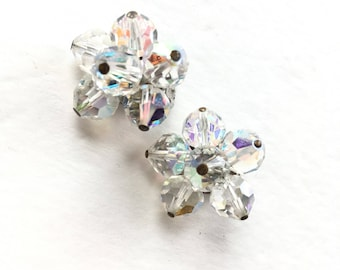 Vintage Crystal Earrings - 1940s Clip-On Clear Crystal Earrings - 1950s Women's Jewelry - Mid Century Fashion - Vintage Costume Jewelry