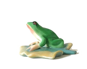 Herend Porcelain Figurine Frog Figurine on a Lily Pad Mothers Day Gift