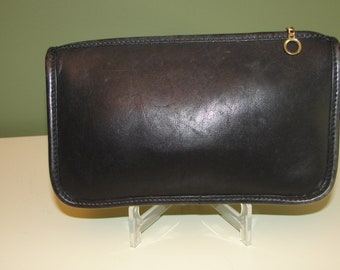 Coach Vintage Chunky Black Leather Cosmetic/Makeup Case!