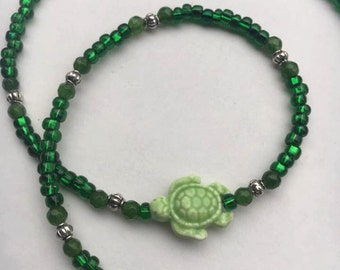 Green Glass bead turtle necklace