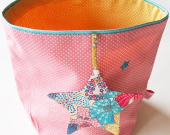 Empty pockets Liberty & the hanging star