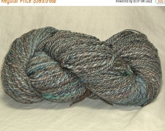 20% OFF SALE yarn 6.5 oz 225 yds handspun Luxury Batt 2 ply Stone Wash Faded Denim blues mixed wools angelina sparkle Corriedale, BFL, Merin