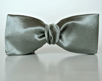 Bow Ties for Men , Mossy Green or Gray Green Wedding ,  Clip-on Pre-Tied Prom Bowtie