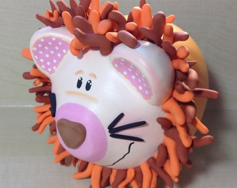 Small Hand-painted, Hand-crafted Lion piggy bank (4x4x4in aprox)