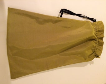 solid green shoe bag