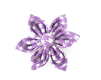 Purple houndstooth dog bow, light purple and white flower, lavender houndstooth pet bow, purple collar flower bow tie, houndstooth bowtie