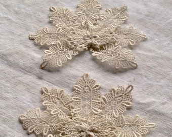 Antique Lace Appliqué, French Cotton Schiffli Lace, Vintage Wedding Floral Brooches,  Period costume One pc