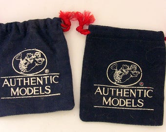 Vintage Authentic Models Pouches - ONLY - Lot of 2