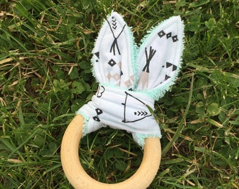 """RESERVED ANTUNES Clélia - Theme """"pee"""" Bunny ear teething ring"""