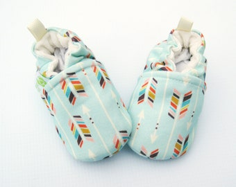 Organic Knits Vegan Mint Arrows with pink / All Fabric Soft Sole Baby Shoes / Made to Order / Babies Pink