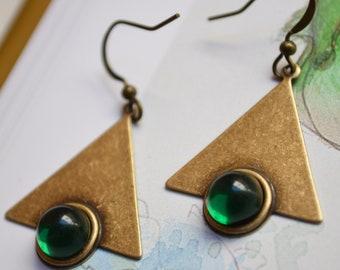 "Earrings ""Art nouveau"" bronze, deep green cabochon"