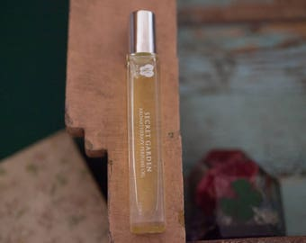 SECRET GARDEN - Aromatherapy Perfume Oil