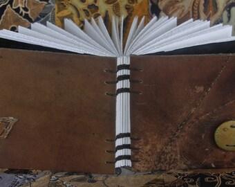 Saddle Collection Blank Page Journal/Sketchbook - Medium Landscape