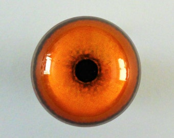 30mm Acrylic Lion Eyes, 1 Pair. Crafts, Model Making, Taxidermy.
