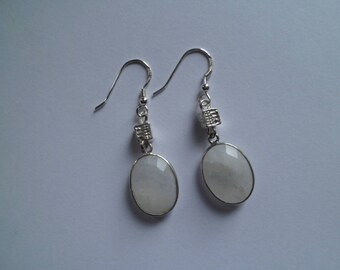 Earrings of Moonstone and Silver 925