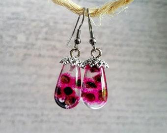 Drop earrings large resin inclusion of Stillingias Roses 2 cm