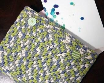 Ipad case in crochet