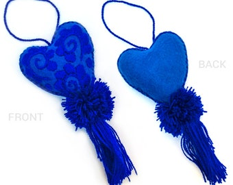 Embroidered Heart, Mexican heart and Pompom in one color - Corazón mexicano bordado con pompom