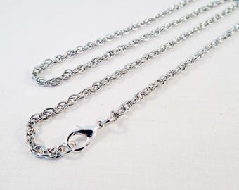 SBC30 - Necklace chain 68cm Torsadee silver chain with lobster clasp