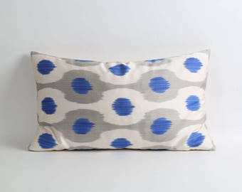 Blue gray white ikat pillow cover, pillow cover, ikat pillow cover, accent pillow, decorative throw pillow