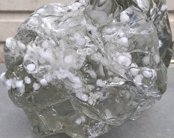 White andara with inclusive bubble inside