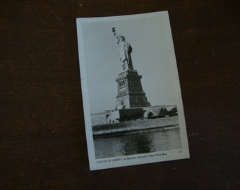 Vintage STATUE OF LIBERTY glossy Photo Postcard 17 - Bedloes Island New York Bay - N. Y. Souvenir Postcard - Black & White Photography