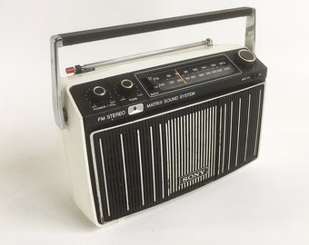 "Mid Century Mod Sony AM/FM Stereo Radio - Model MR-9100W ""White & Black Beauty"""