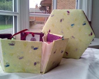 Little Mouse Hexagonal Etui Sewing Box