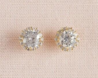 Gold Stud Bridal earrings, Crystal Wedding earrings, Halo Bridal jewelry, Bridesmaids jewelry, Stud Earrings,  Large Crystal Stud earrings