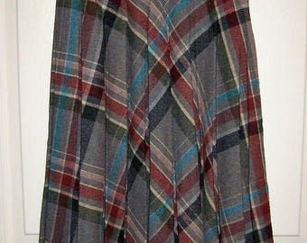 Vintage 1970s Ladies Gray Plaid Pleated Wool Skirt by All Together Now Size 7 Only 10 USD