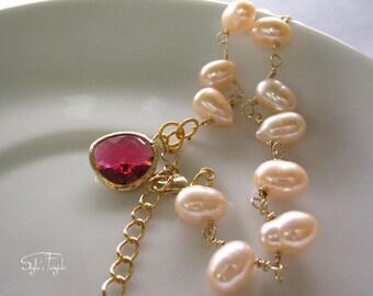 Freshwater pearls Charm bracelet - Hostess gift - Lilly Belle