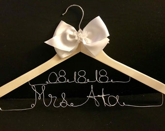 Personalized Hanger with Date