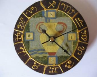 Aquarius Horoscope Clock