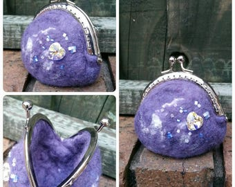 Lavender felted coin purse with metal kiss clasp, bead and crystal heart detail