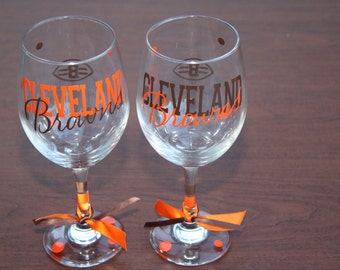 Cleveland Browns, Sports Bar Glassware, Go Browns!  Football Glassware, Browns Gifts