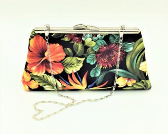 Hawaiian Clutch, Kiss Lock Clutch, Tropical Clutch, Clutch Bag, Evening Bag, Cocktail Clutch in Hawaiian Floral on Black - Made in Maui