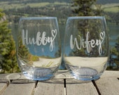 wifey hubby gift, wine gl...
