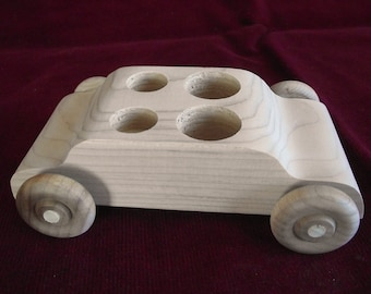 Family Sedan Without Peg Dolls, Unfinished Pine