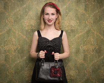 Black Leather handbag with big leather Poppy