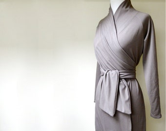 Short wrap dress, long sleeves